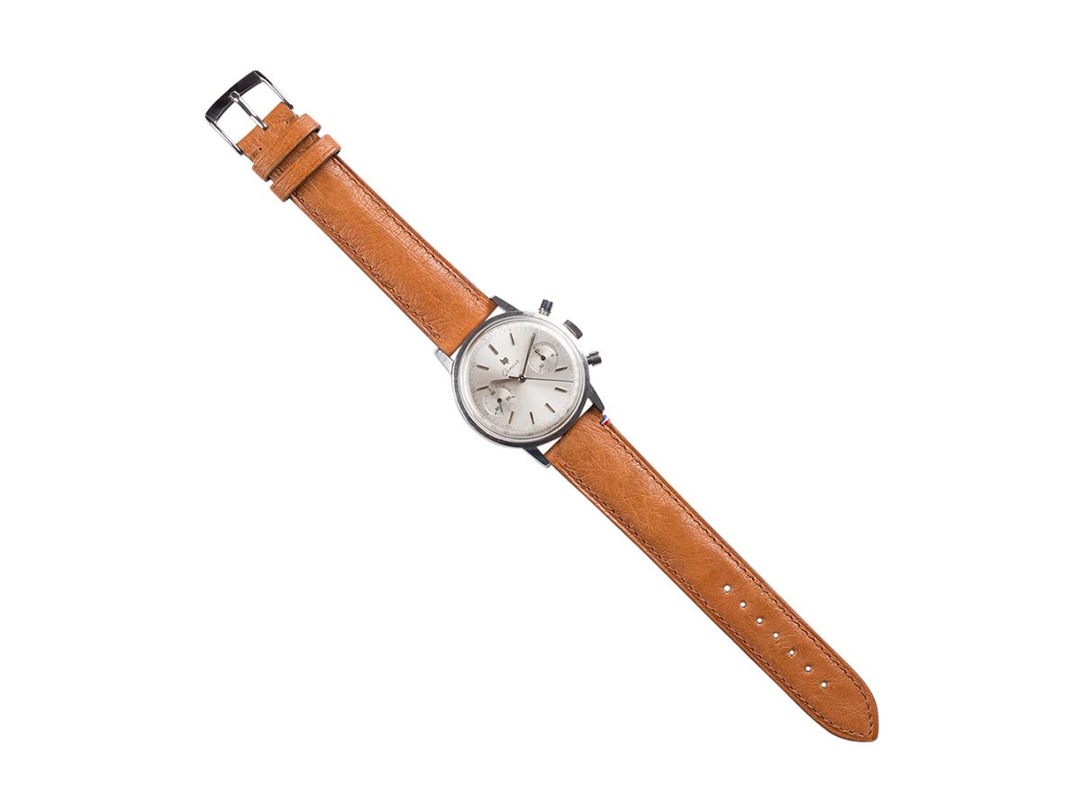 Chronographe Lip Genève sur bracelet autruche